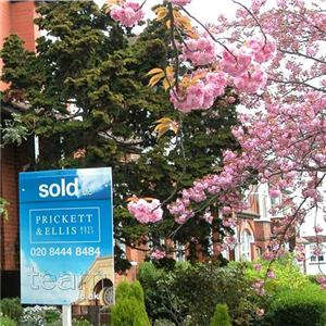 Property market 'still under pressure'