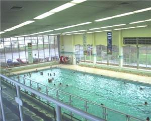Swimming pool boost for people in flats to rent in Haringey